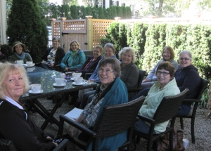 One of the 2013 Books Afoot groups, meeting in the outdoor café at a local bookstore